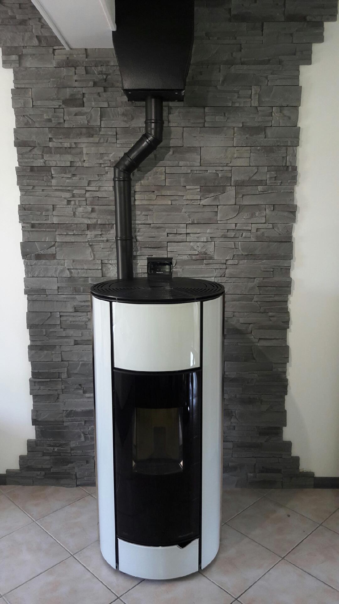 installer un poele a granule id es d coration id es. Black Bedroom Furniture Sets. Home Design Ideas